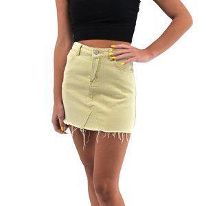 ETIQUETTE Yellow Raw Hem Mini Skirt #B02